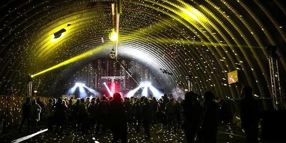 Venez faire la fête sur l'aéroport lors du Sirk Festival