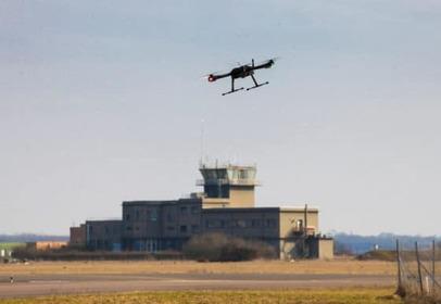 Edeis et UAVIA expérimentent la maintenance assistée par drone à l'aéroport de Dijon